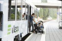 Einfaches Aussteigen, auch mit Kinderwagen